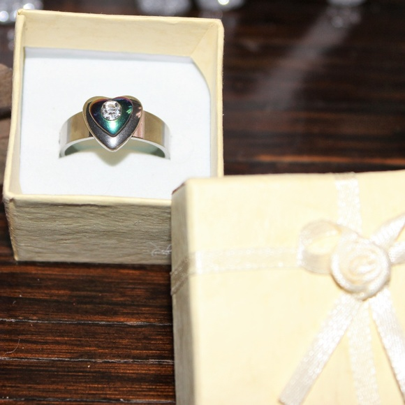 Jewelry - **New** Stainless steel heart ring